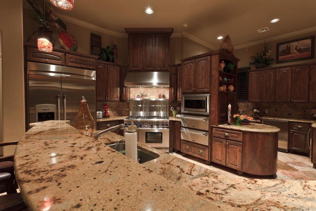 Kitchen [2825 Rio Cordillera]